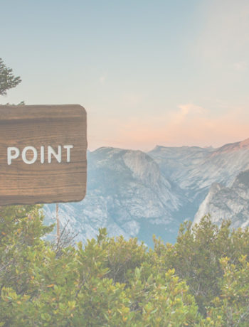 image of sign post clearly pointing to glacier point
